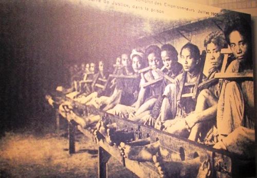 Hoa Lo prisoners