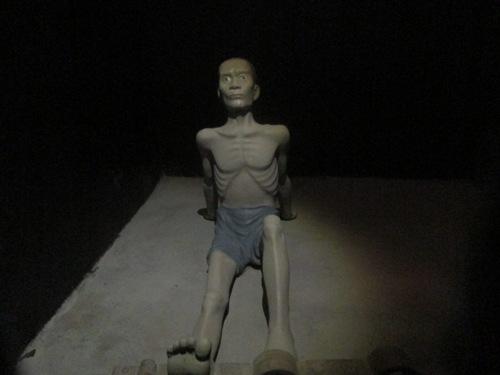Hoa Lo solitary confinement